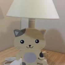 cica fehér