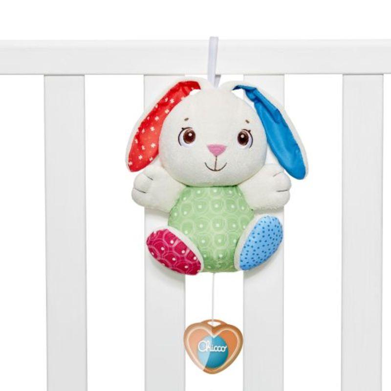 Chicco Fluffy Bunny – zenélő nyuszi kiságyjáték